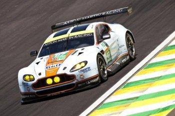 Aston Martin thử nghiệm pin năng lượng mặt trời trên xe đua