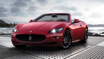 """""""Xế sang"""" Maserati chính thức tấn công thị trường Việt"""