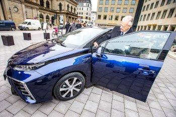 Toyota Mirai đầu tiên đến tay khách hàng Đức