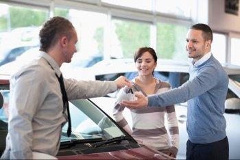 Tín dụng giá rẻ giúp ngành công nghiệp ôtô Mỹ bùng nổ
