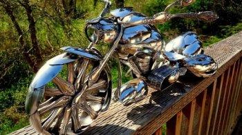 80 triệu đồng cho chiếc môtô làm từ thìa
