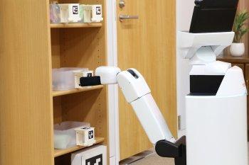 Toyota tham vọng đi đầu về sản xuất robot