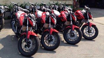Nakedbike giá rẻ Honda CB150R 2016 về Việt Nam