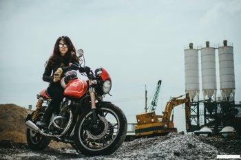 Thợ độ Sài Thành chế môtô phong cách Norton Commando