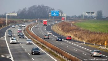 Xe xăng và xe diesel có thể bị cấm lưu hành tại Đức