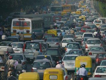 """Xe diesel """"hết đường"""" ở Ấn Độ"""