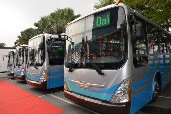 """Thêm 6 chiếc xe buýt """"xanh"""" sắp hoạt động"""