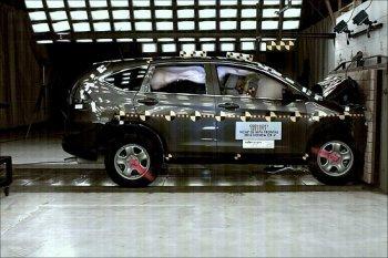 Honda CR-V 2016 được đánh giá cao về độ an toàn