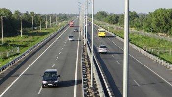 Tăng tốc độ tối đa cho phương tiện đường bộ thêm 10 km/h