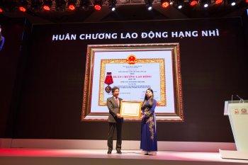 Toyota Việt Nam nhận Huân chương Lao động hạng Nhì