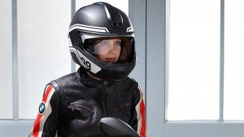 Xuất hiện mũ bảo hiểm siêu công nghệ