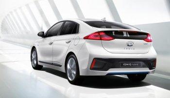"""Hyundai tung xe hybrid """"thách thức"""" Toyota Prius"""