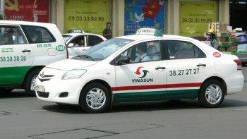 """Cước taxi giảm """"nhỏ giọt"""" tại TP.HCM"""