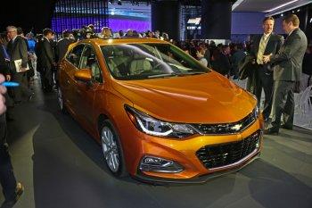 Chevrolet Cruze hatchback 2016 chinh thức ra mắt