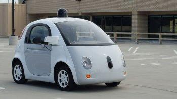 """Xe tự lái Google chưa """"thông minh"""" như quảng cáo"""
