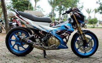 Suzuki Raider lên đồ chơi hàng hiệu của biker Hà thành