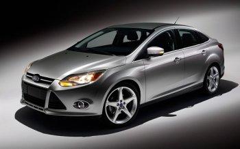 Hơn 400 nghìn xe Ford Focus bị điều tra vì lỗi chốt cửa