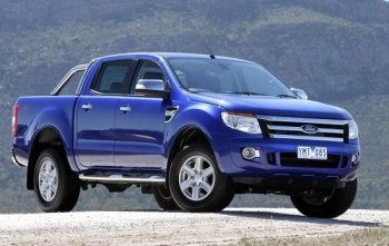 Người Anh bầu Ford Ranger là 'Xe bán tải của năm 2013'