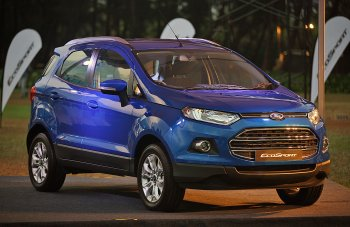 728 xe Ford EcoSport tại Việt Nam có thể gãy bu lông