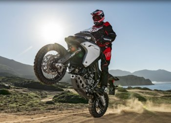 Đã mắt với phim quảng cáo của Ducati Multistrada 1200