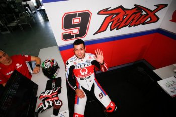 Chiến thắng đầy may mắn của Valentino Rossi