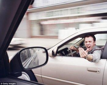 Lái xe khi tức giận gia tăng nguy cơ gây tai nạn gấp 10 lần
