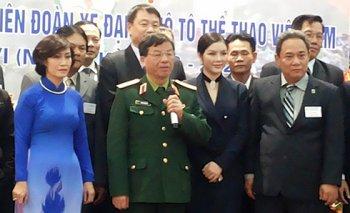 Lý Nhã Kỳ góp mặt lãnh đạo Liên đoàn Xe đạp - Moto Việt Nam