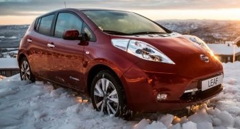 Gần 50.000 xe Nissan Leaf bị triệu hồi do lỗi phanh