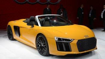 Audi R8 Spyder 2017: Nhanh, mạnh và sắc sảo hơn