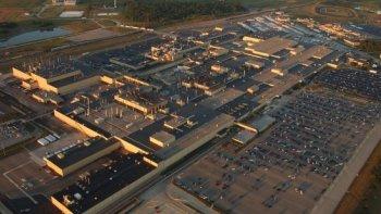 Honda đóng cửa nhà máy tại Mỹ vì sợ đánh bom