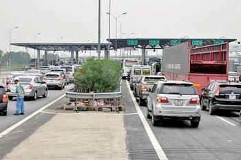 Phí đường cao tốc lại ca bài tăng giá