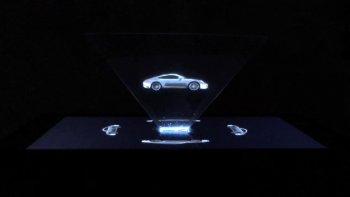 """Porsche 911 mới """"vút"""" qua mắt khách bằng ảnh quảng cáo ba chiều"""