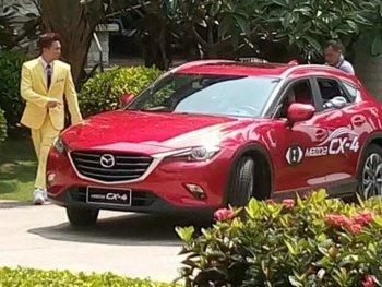 """Mazda CX-4 hoàn toàn mới lộ diện không """"che chắn"""""""