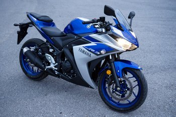 Mua Yamaha R3, Kawasaki Ninja 300 hay thêm 30 triệu đồng rước Benelli BN600i ABS?