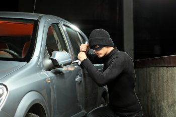 Chống trộm cắp vặt trên xe hơi