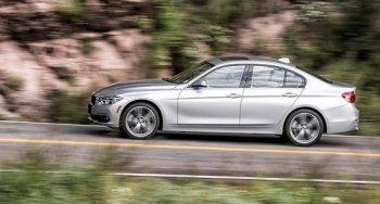 BMW đối mặt với khủng hoảng thừa sau một năm bội thu