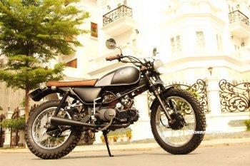 Biker Sài Gòn phiêu lãng với Honda Win độ Tracker