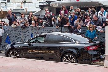 Renault Talisman được chọn đưa đón các siêu sao tại Cannes 2016