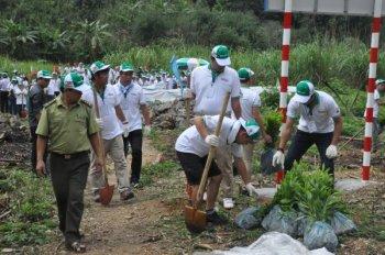 """Honda Việt Nam rầm rộ """"trồng rừng"""" tại Bắc Kạn"""