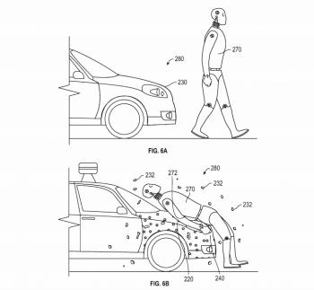 Xe Google hút chặt người đi bộ khi bị đâm va
