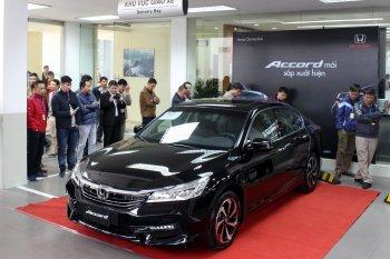 Honda Việt Nam ra mắt Accord dáng mới, giá không đổi