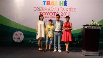 Toyota mở trại hè bóng đá thiếu niên 2016