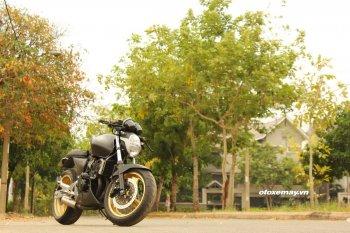 Honda Hornet 250 trở lại Sài Gòn hấp dẫn với kiểu độ Cafe Racer
