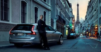 "Zlatan Ibrahimovic ""trầm lặng"" bên Volvo V90"