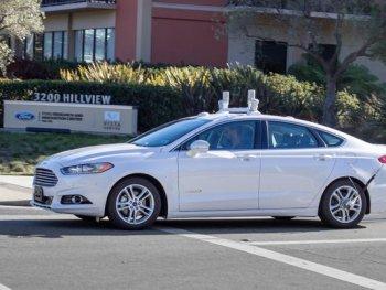 Năm 2035, 21 triệu xe tự lái sẽ lăn bánh trên đường