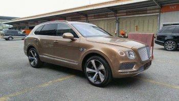 """SUV đầu tiên của Bentley """"đặt chân"""" tới Việt Nam"""