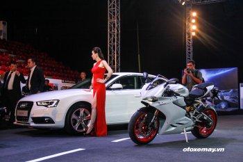 Ducati 959 Panigale trình diễn trên sân Quần Ngựa - Hà Nội