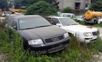 """Ngỡ ngàng với bộ xe sang bị """"bỏ rơi"""" tại Trung Quốc"""