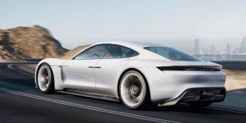 """Kỹ sư Porsche """"dìm hàng"""" xe điện Tesla"""