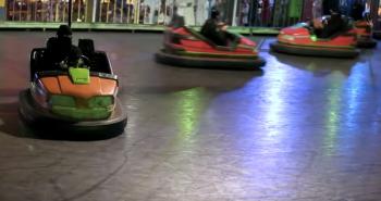Bị cấm lái xe, phụ nữ Ả rập tìm đến xe đồ chơi